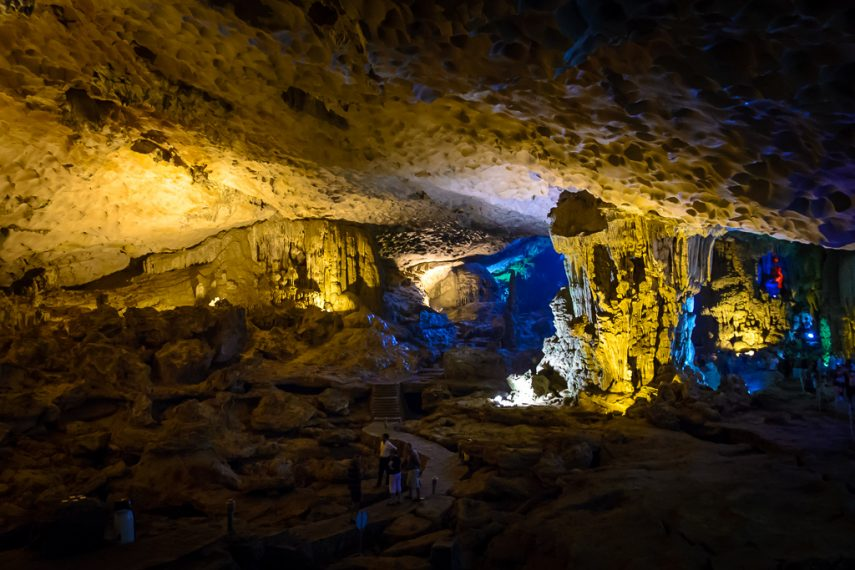 20130402-halong-bay-and-surprise-cave_d600_nd6_6540
