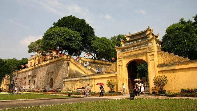 Central-Sector-of-the-Imperial-Citadel-of-Thang-Long