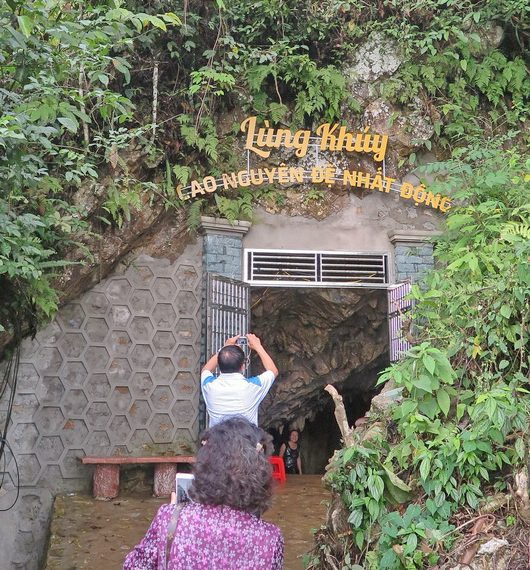 Lung-Khuy-cave-(2)