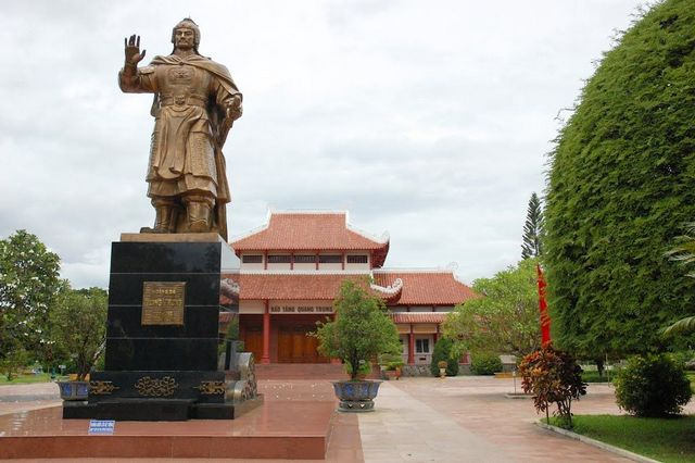Quang-Trung-Museum-and-Tay-Son-Place