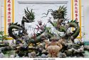 fountain-with-chinese-dragons-in-the-phuc-kien-assembly-hall-of-the-dgje8x